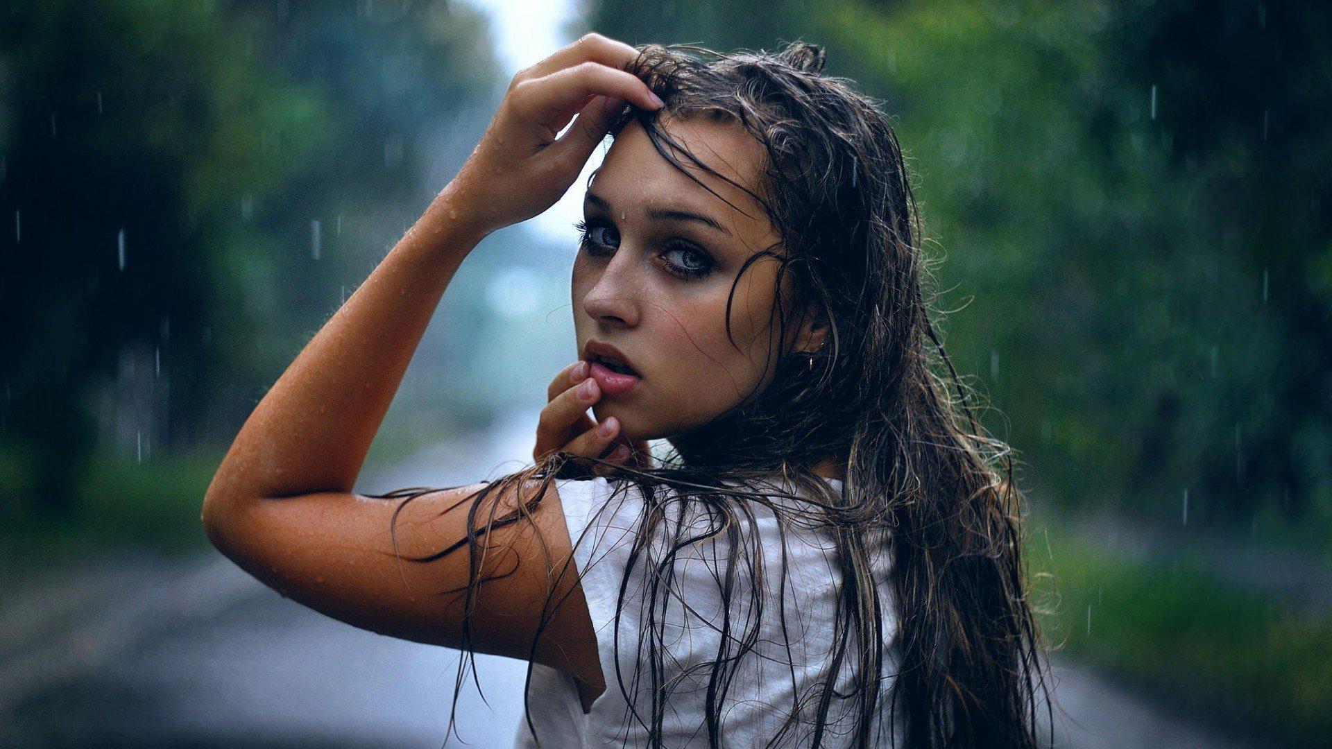 Girl In Rain Hd Girls 4k Wallpapers Images Backgrounds