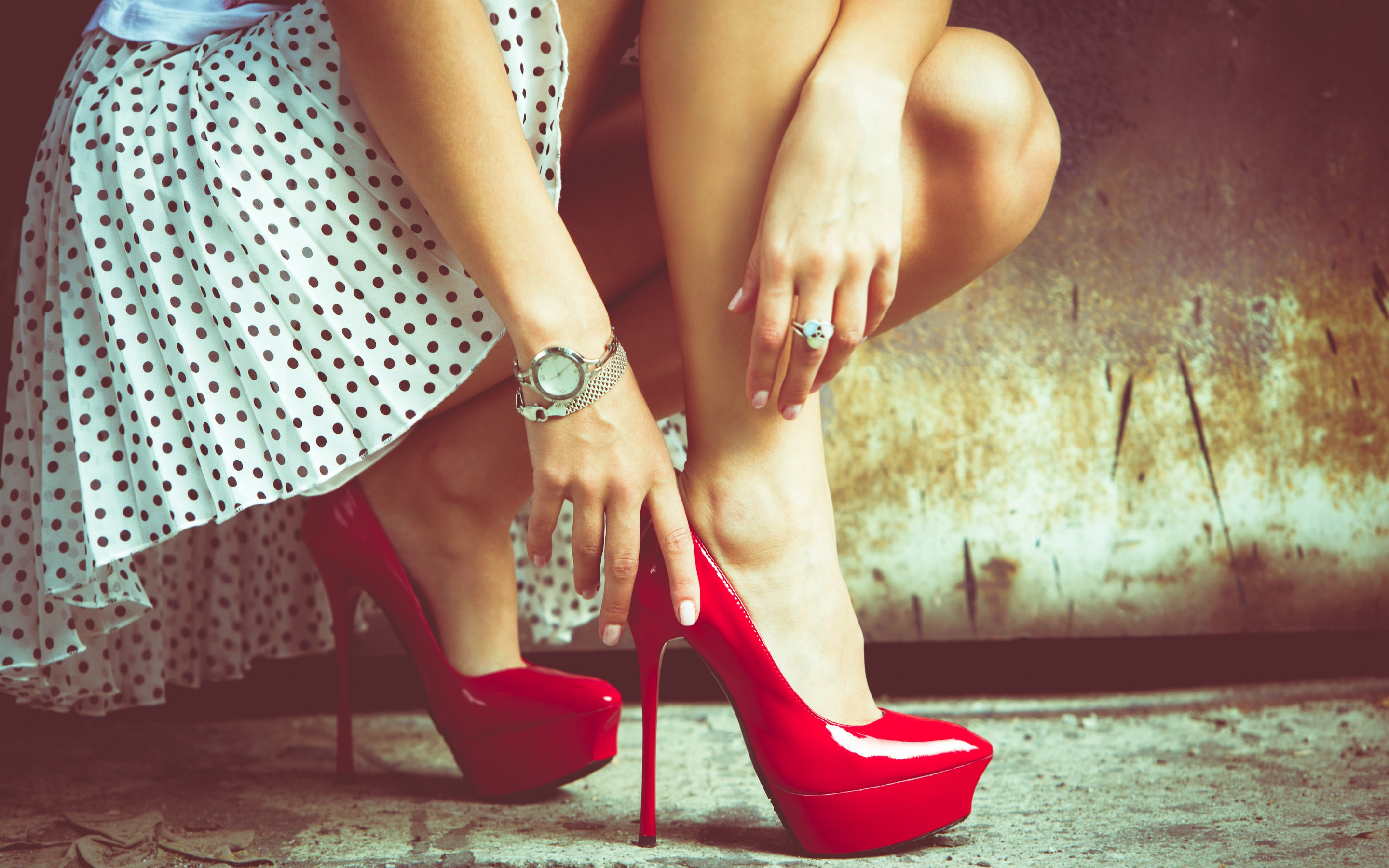 girl legs red heels, hd girls, 4k wallpapers, images, backgrounds
