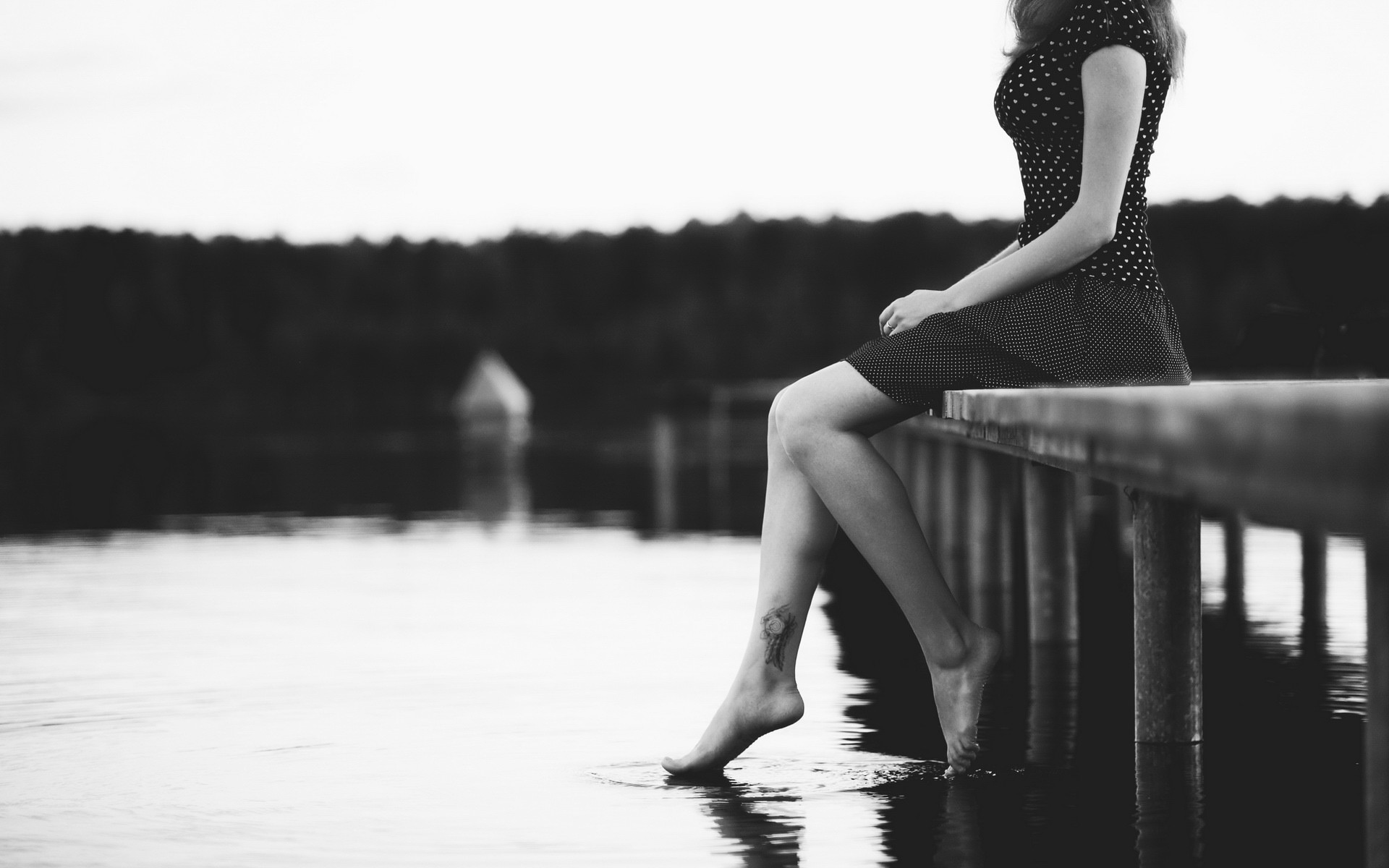 Girl Sitting Alone Monochrome, Hd Girls, 4K Wallpapers -6163