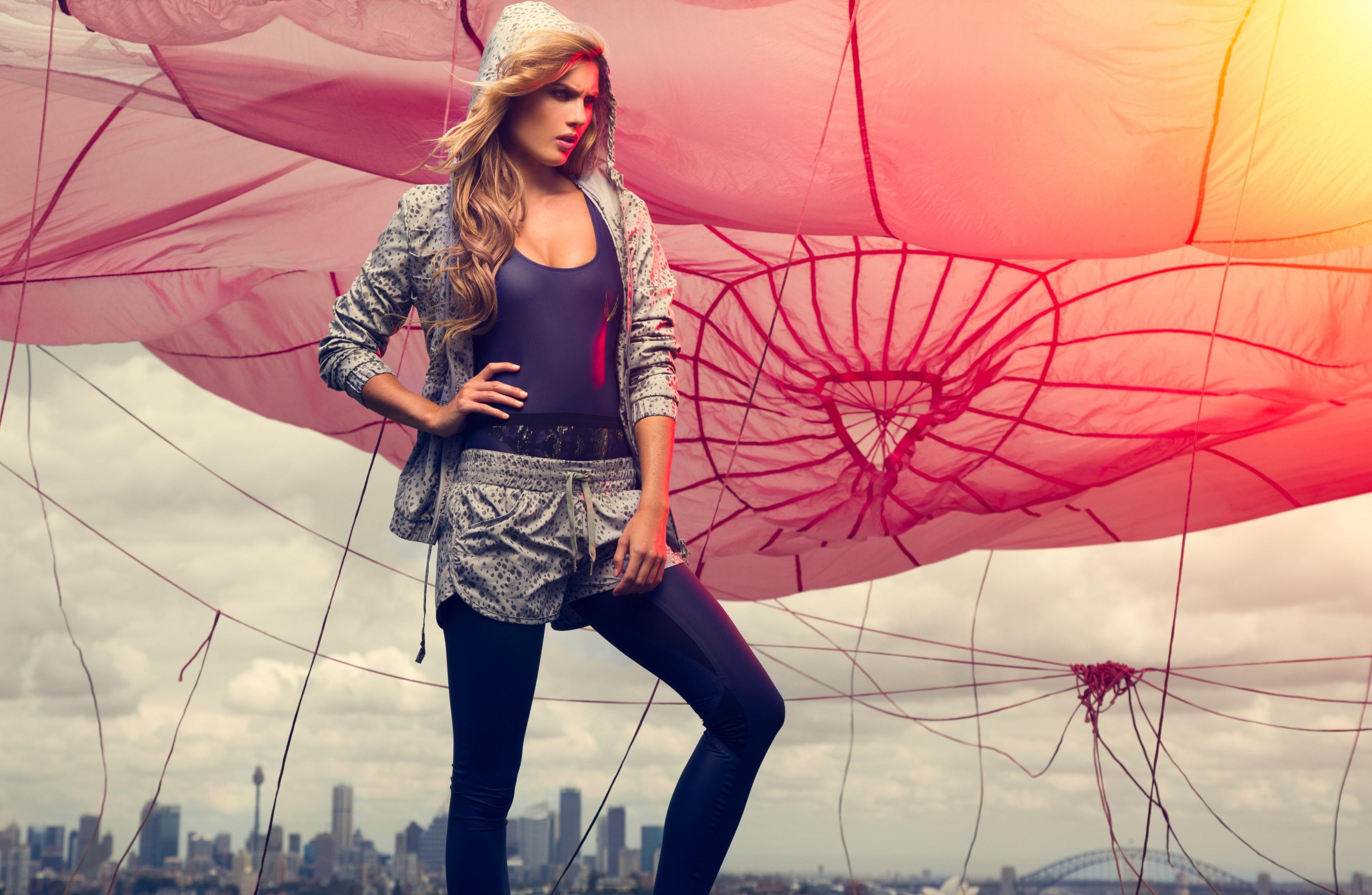 Sport Girl 4k Wallpaper: Girl Wearing Sports Clothes, HD Girls, 4k Wallpapers