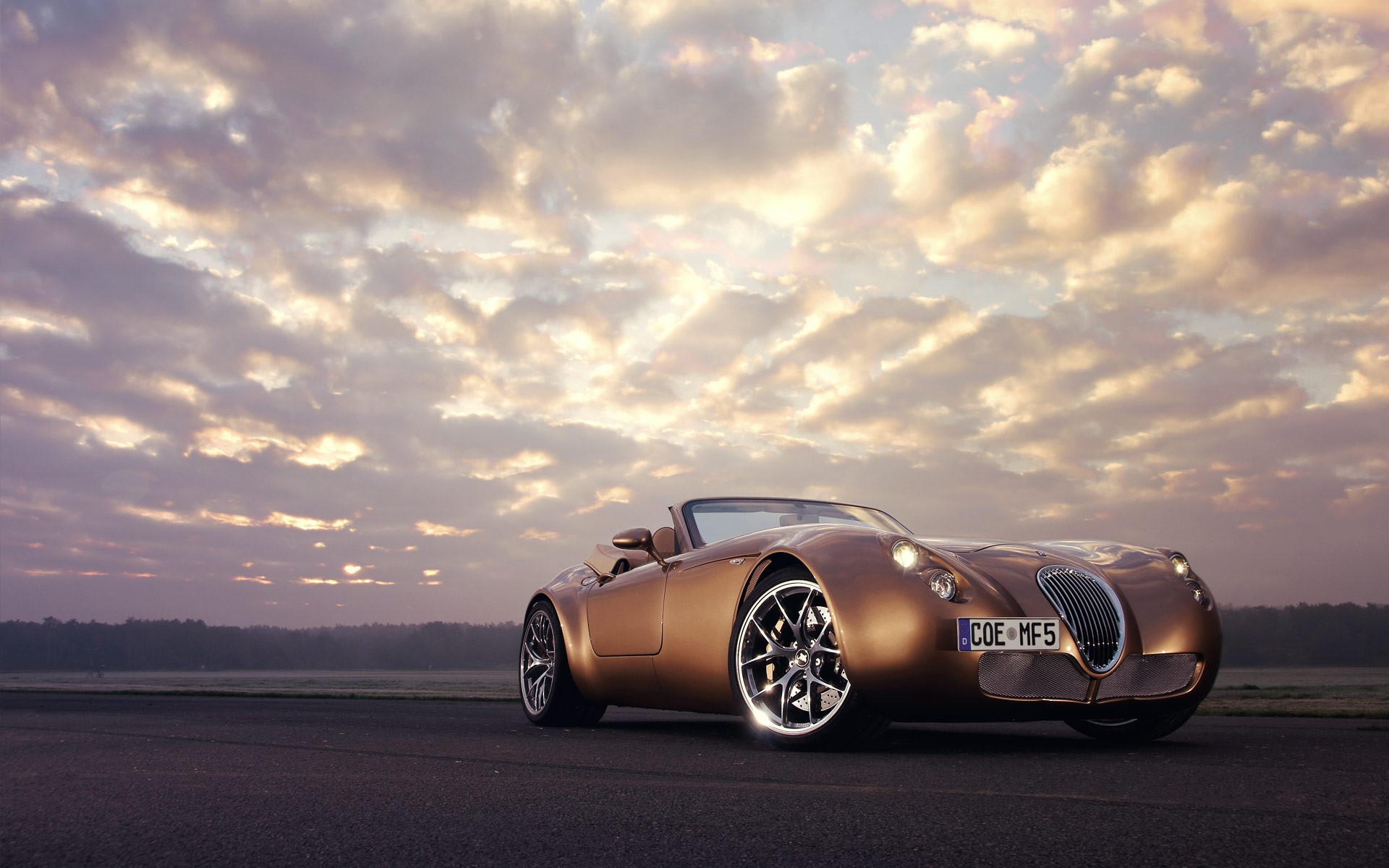 1280x800 Golden Vintage Car 720p Hd 4k Wallpapers Images