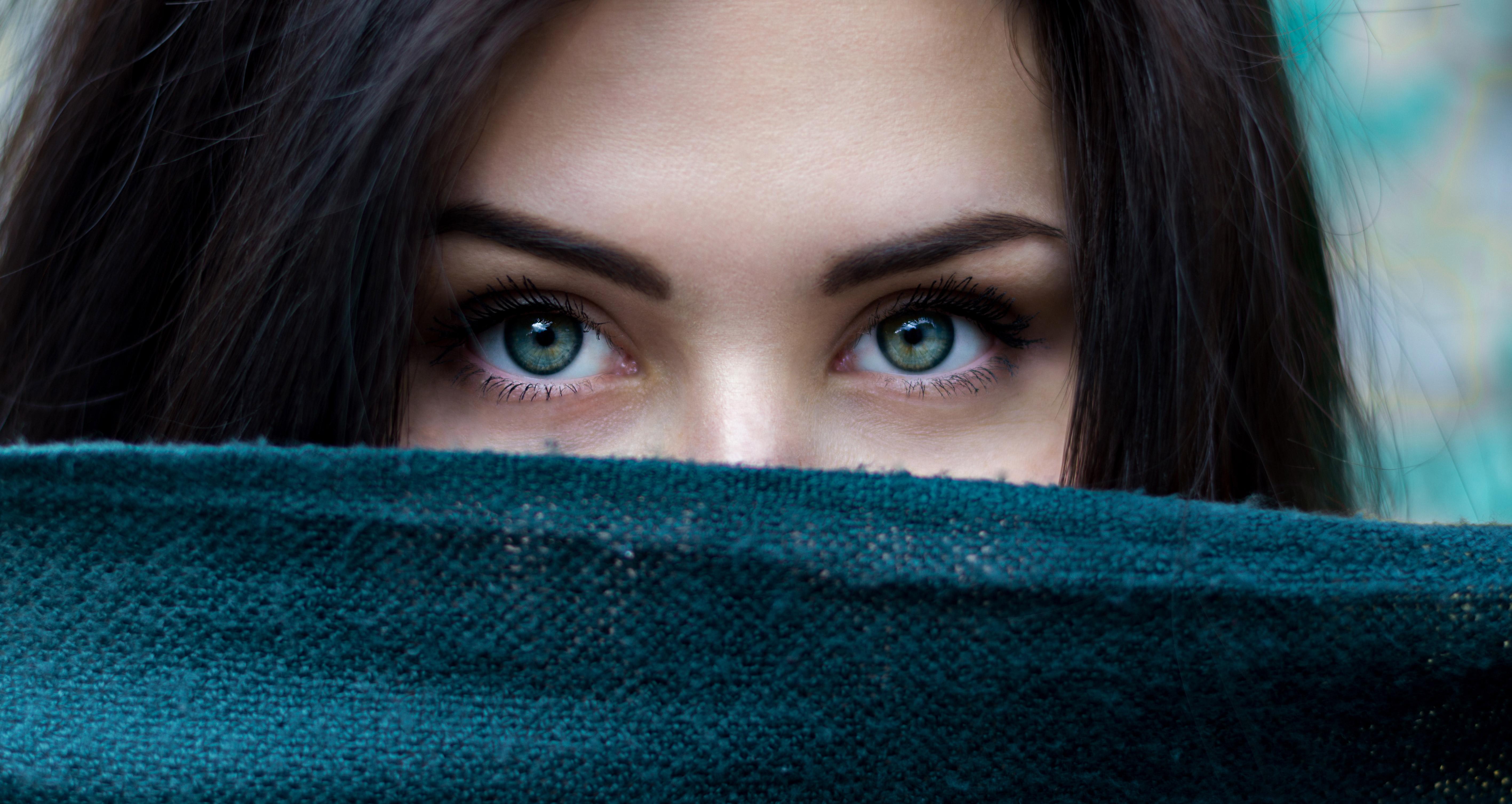 green eyes girl hd girls 4k wallpapers images
