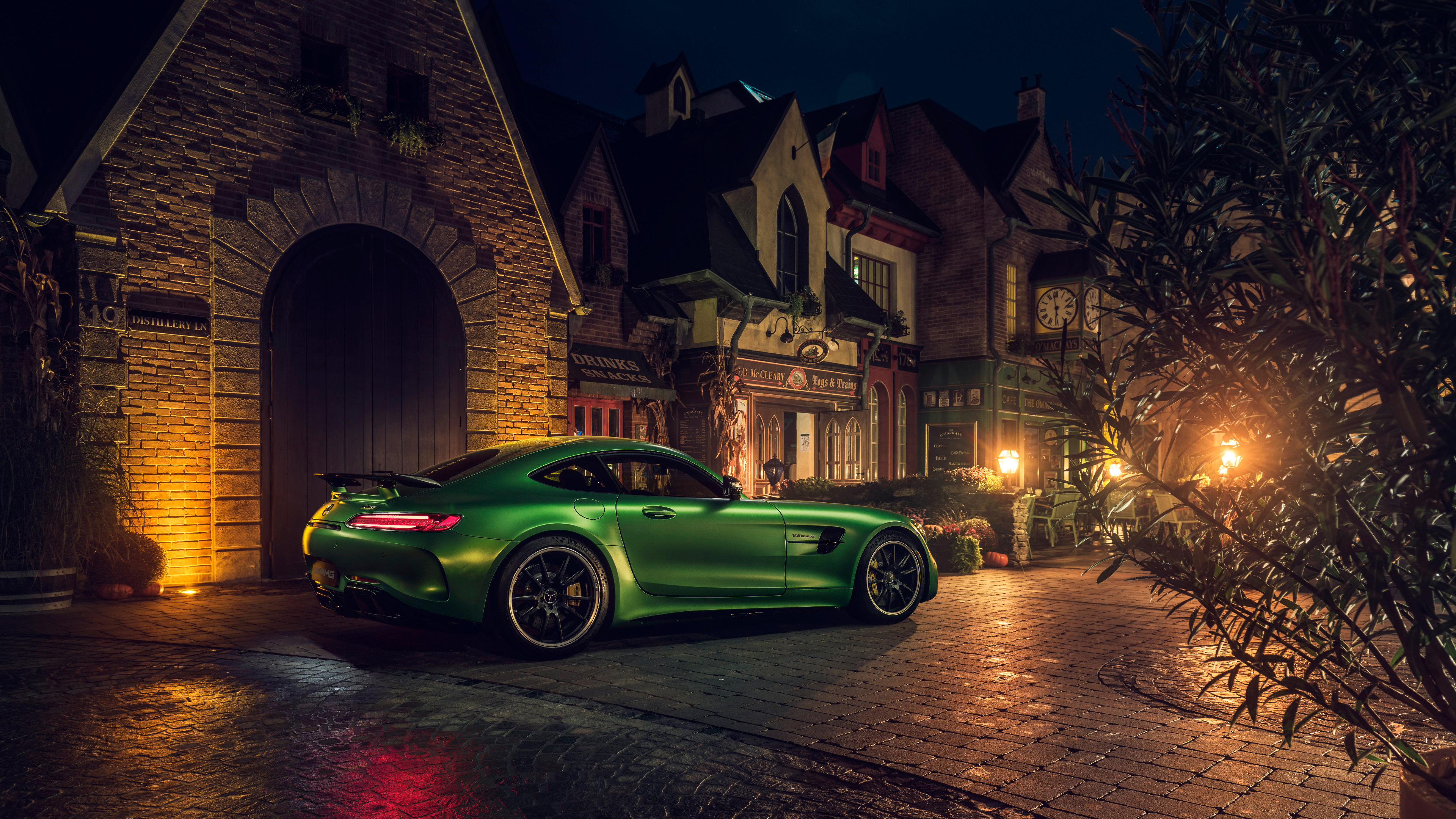 Green Mercedes Amg Gt R Rear 4k Hd Cars 4k Wallpapers