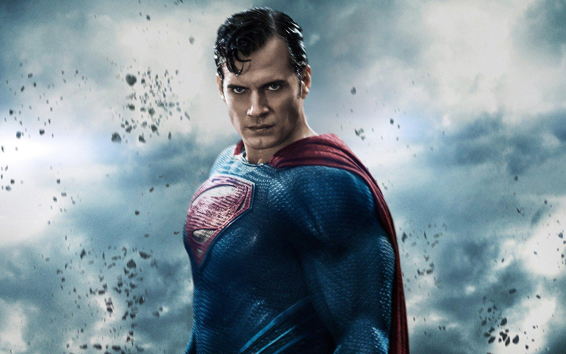 http://hdqwalls.com/wallpapers/henry-cavill-in-batman-vs-superman-movie.jpg