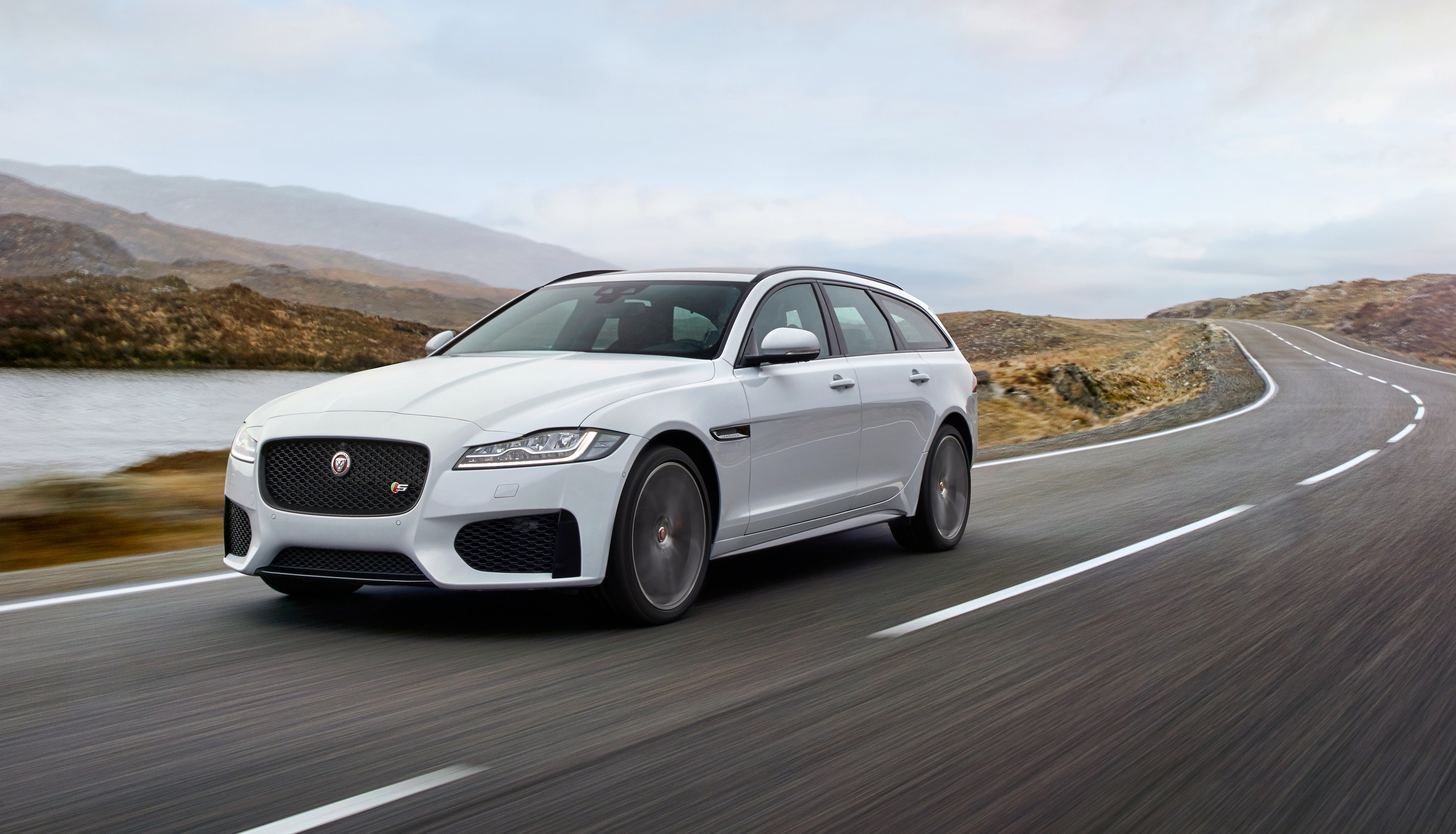 designs a by with to jaguar personalize xf how shows jag class