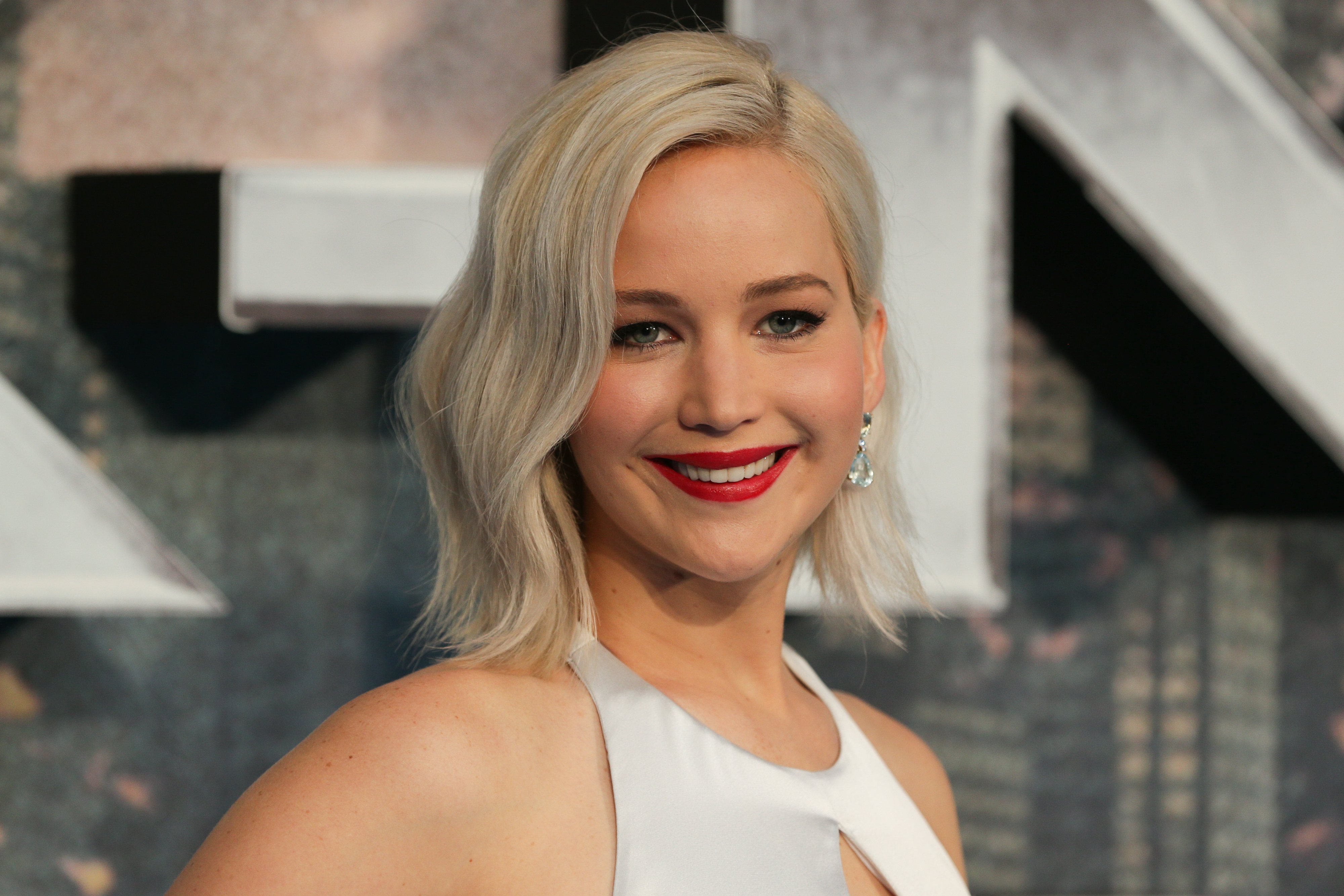 2048x1152 jennifer lawrence 2016 2048x1152 resolution hd 4k published on may 23 2016 original resolution voltagebd Image collections