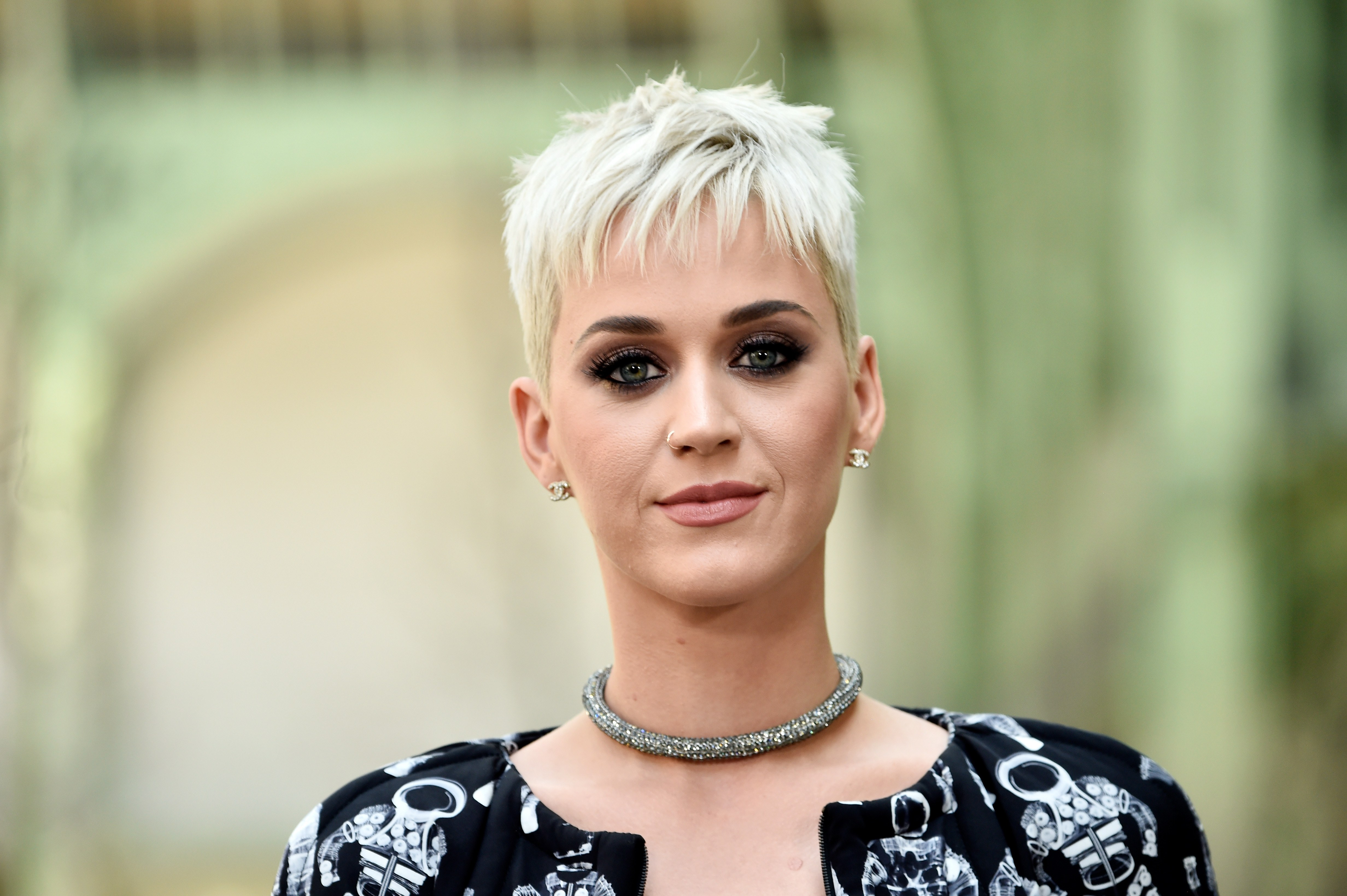 katy perry hair style katy perry new hair style in 2017 hd 4k wallpapers 6349