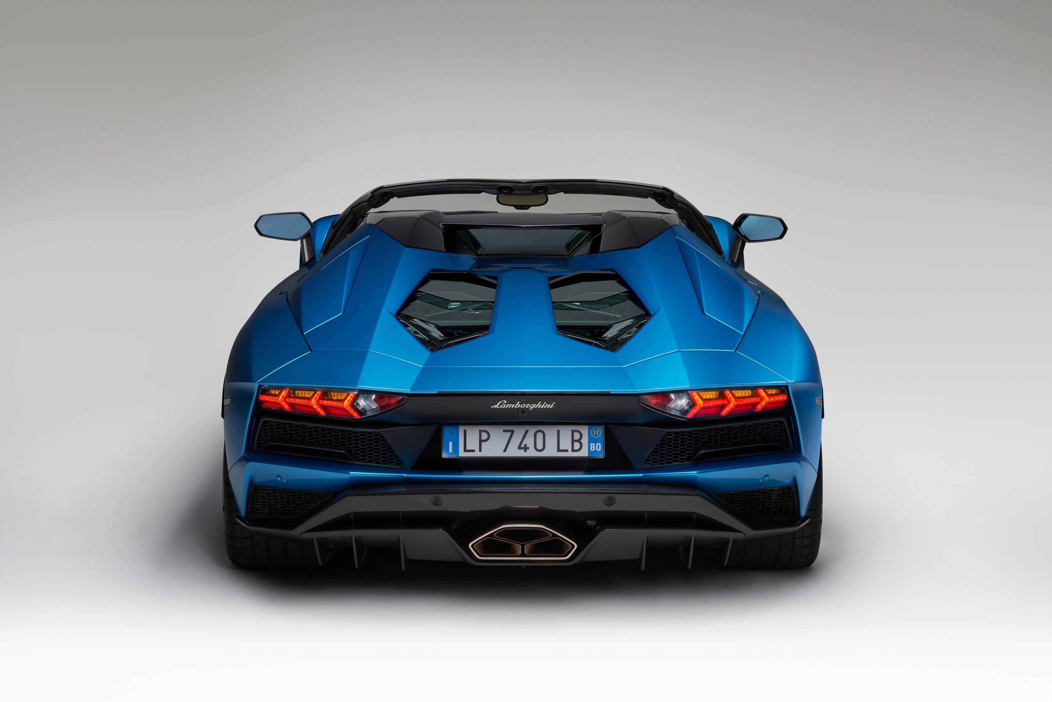 Lamborghini Aventador Superveloce Roadster 2017 Rear