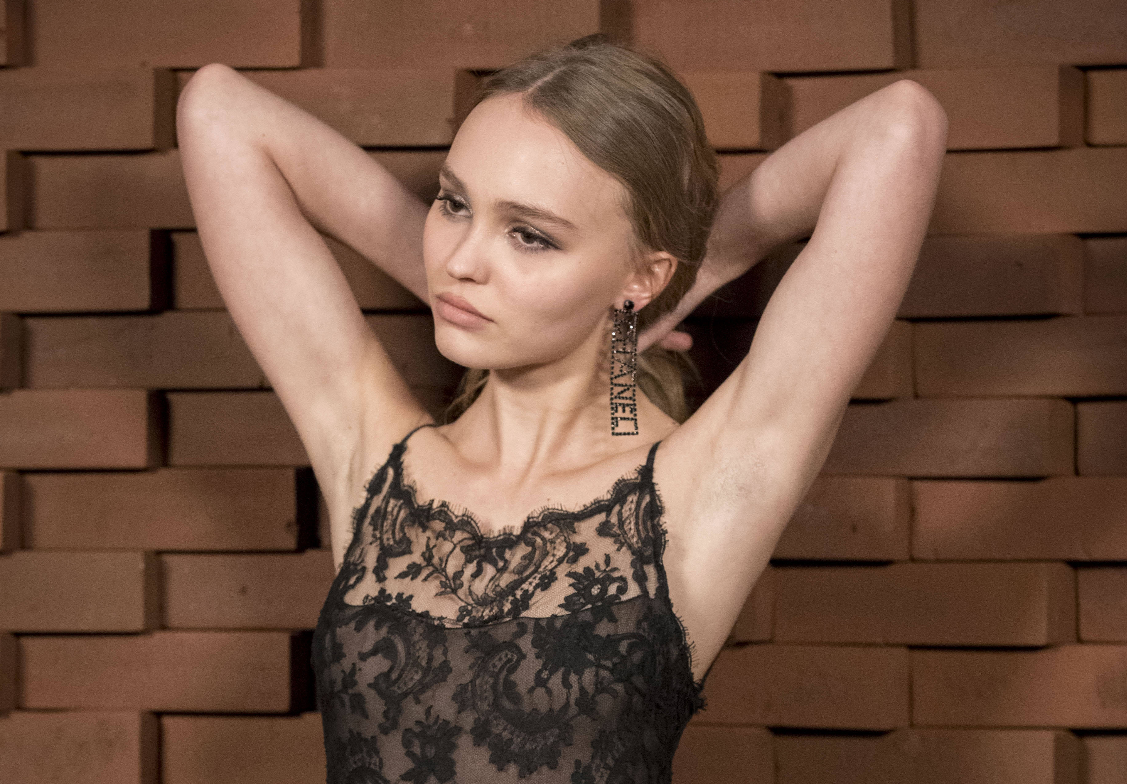 2018 Lily Rose Depp Hd Celebrities 4k Wallpapers Images