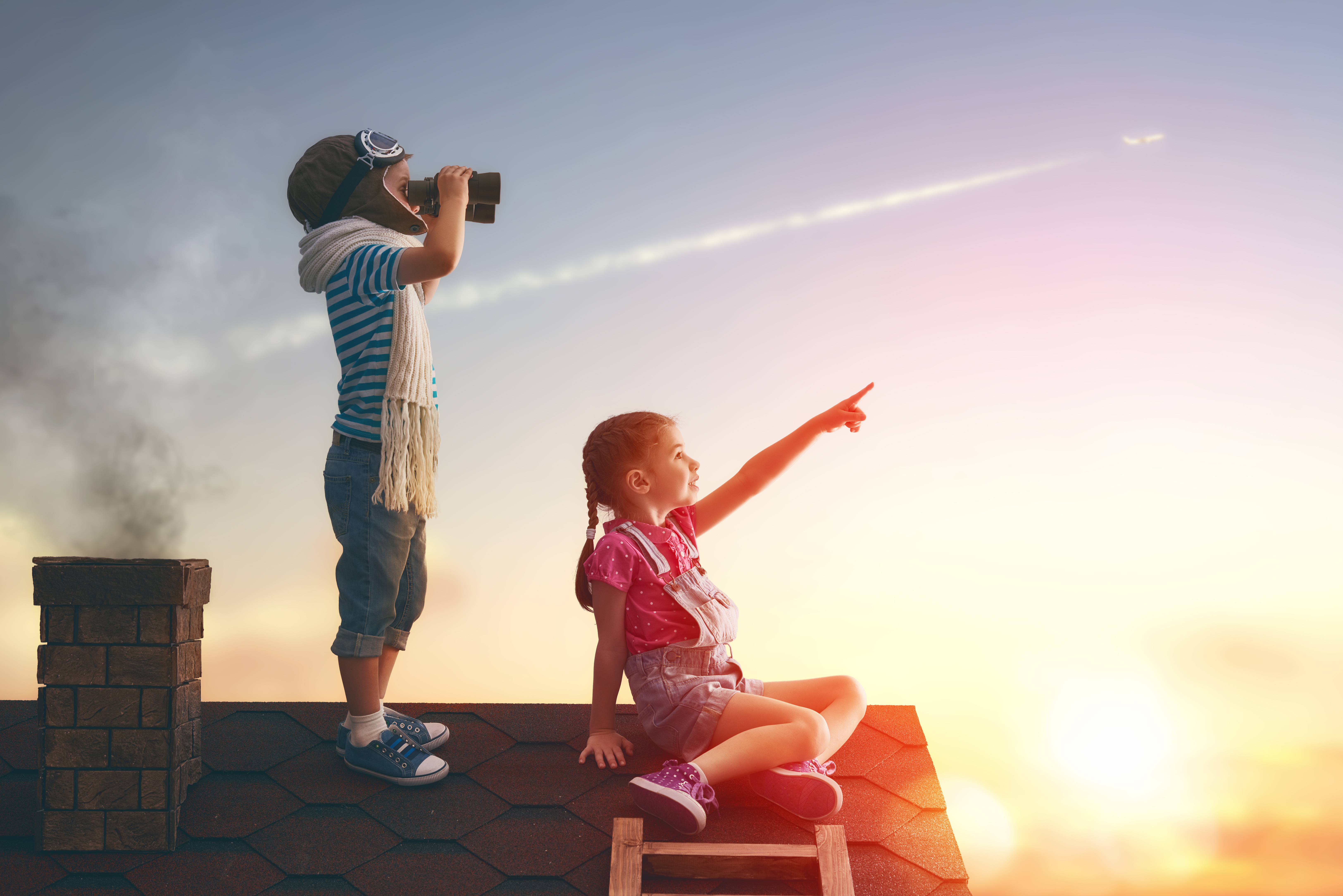 Little Childrens On Roof Watching Sky Hd Photography 4k