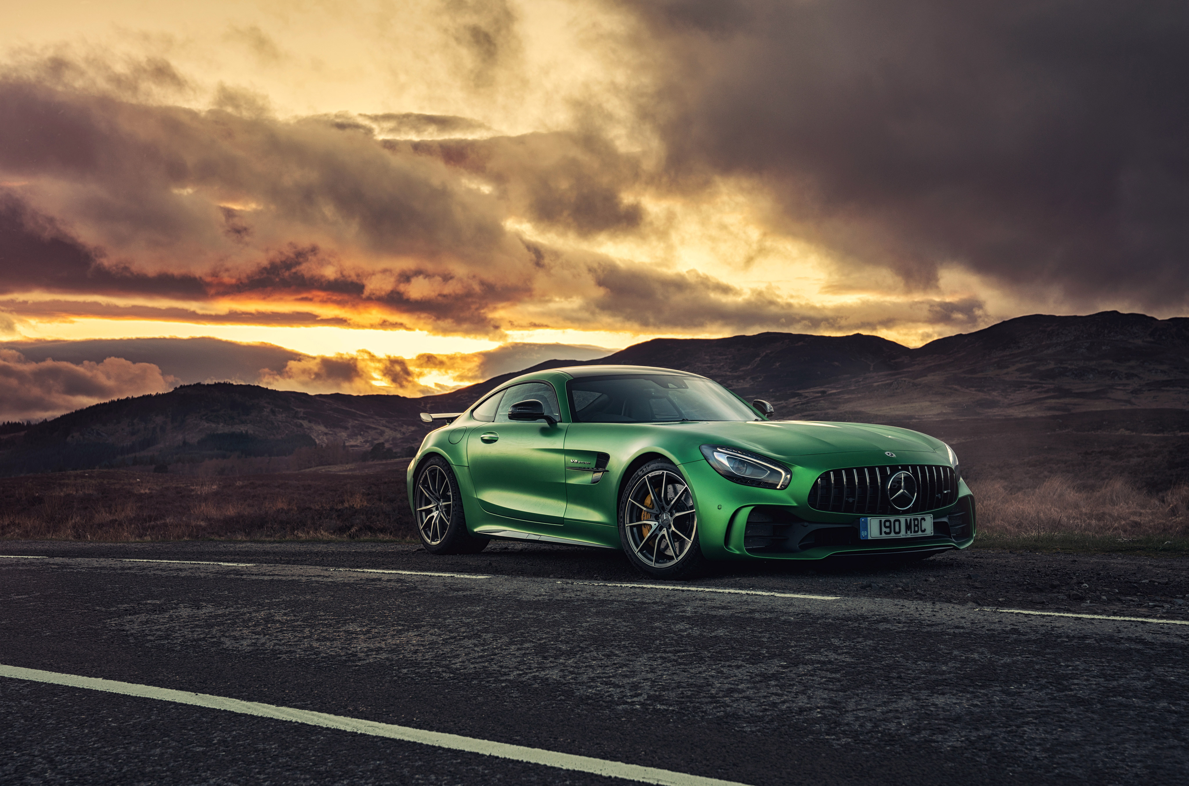 Mercedes amg gt r c190 2017 hd cars 4k wallpapers for 2017 mercedes benz amg gt