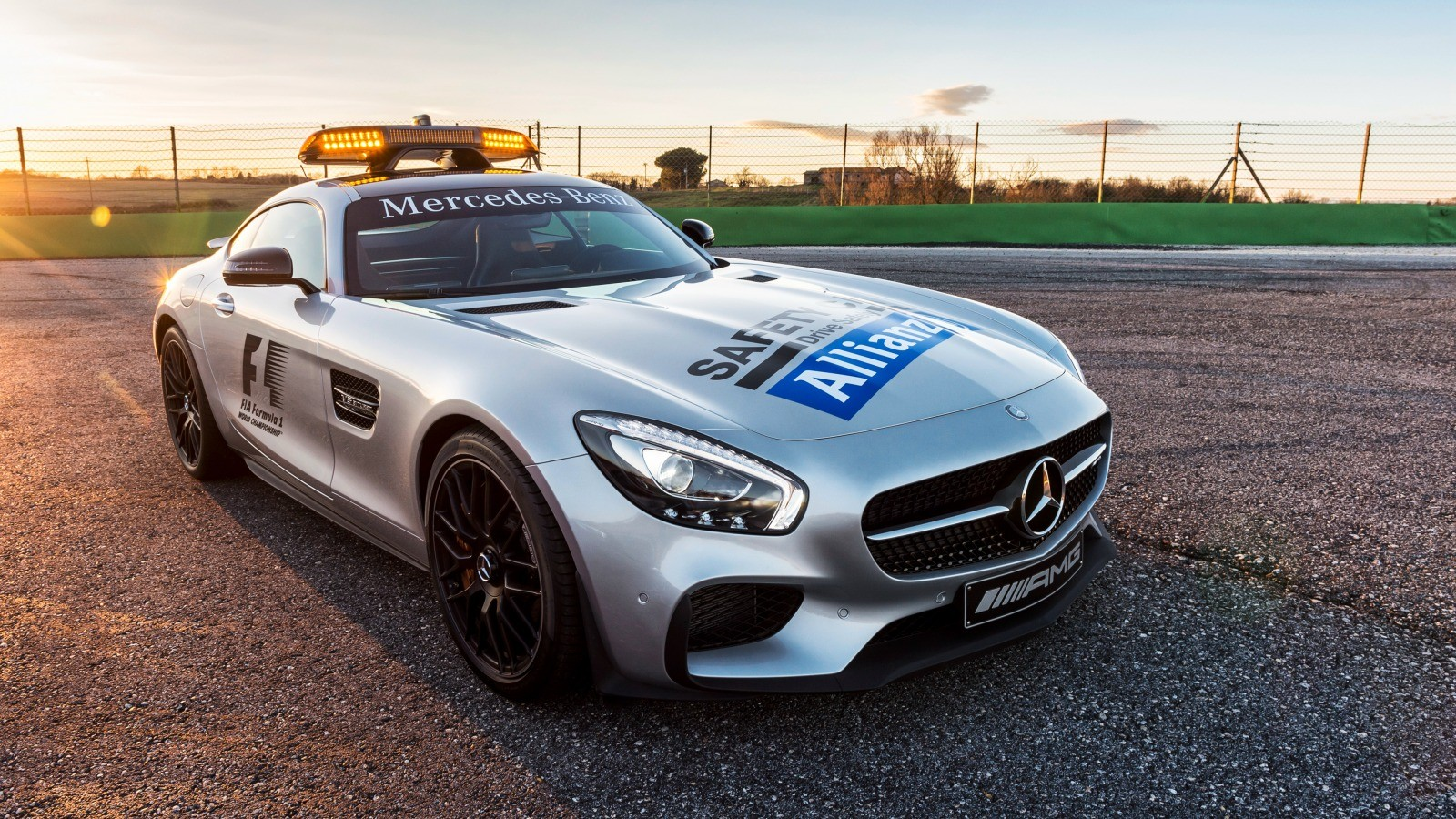 Mercedes Benz Safety Car