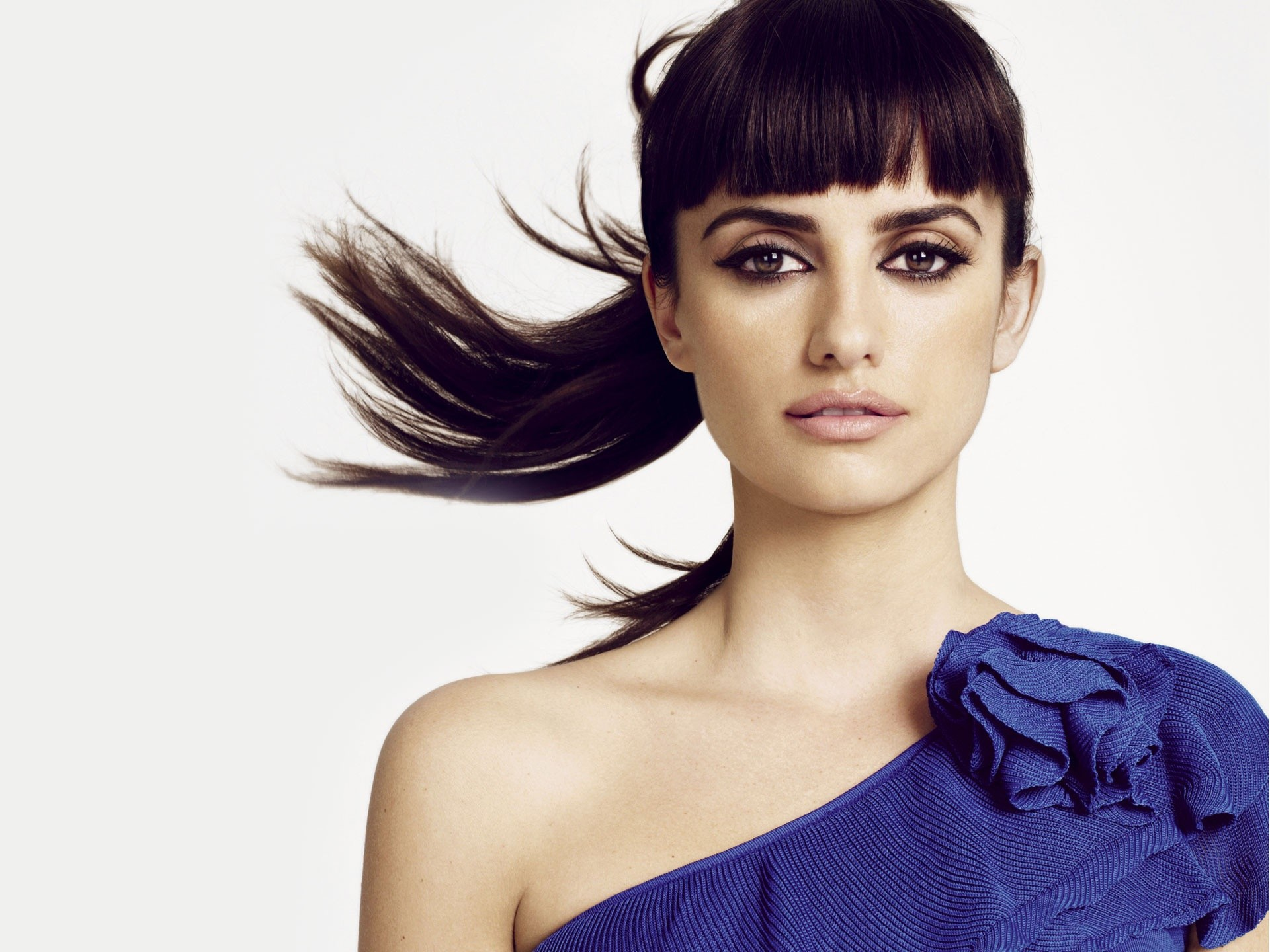 Penelope Cruz Pony Tail