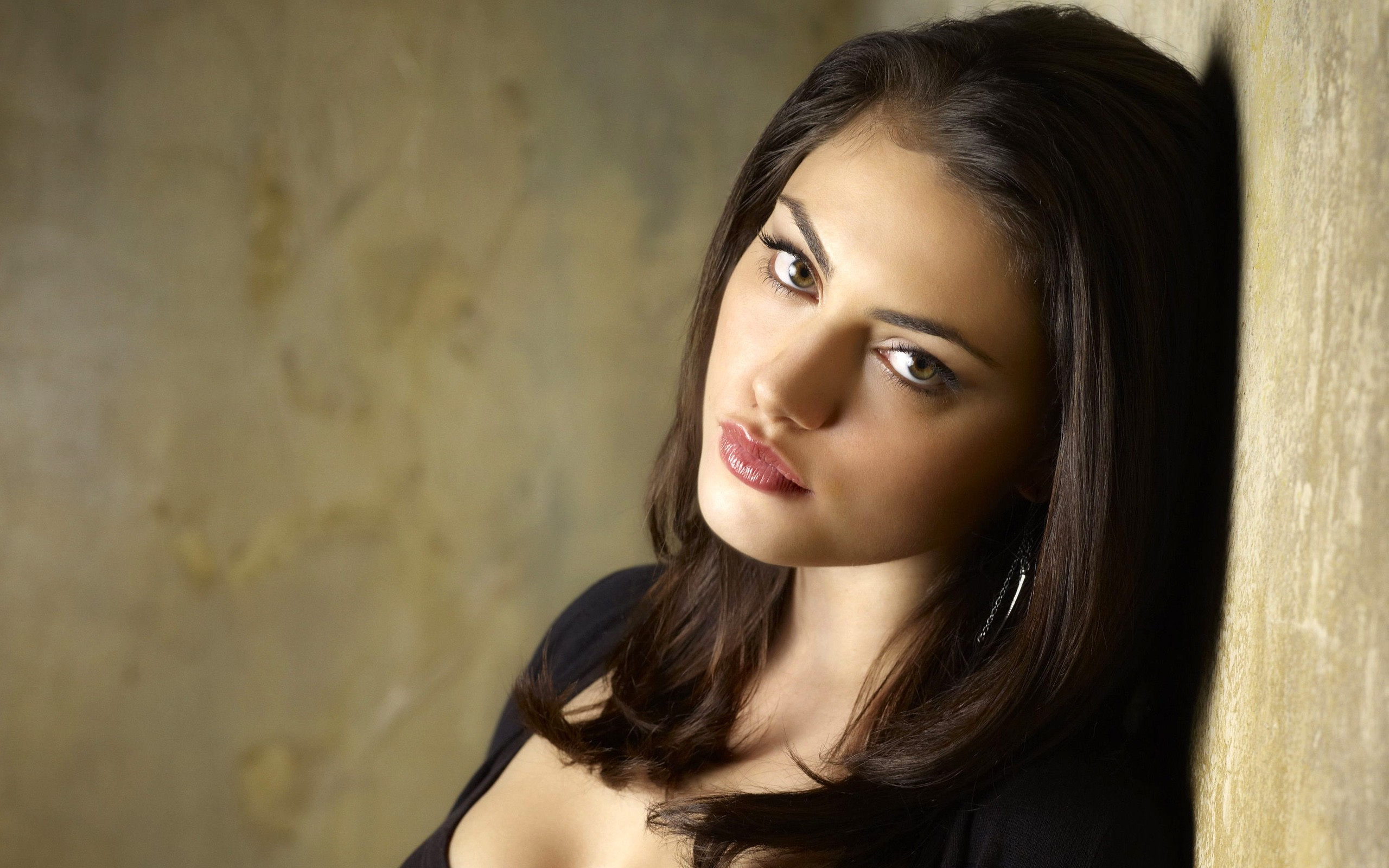 Phoebe Tonkin 3 Hd Celebrities 4k Wallpapers Images