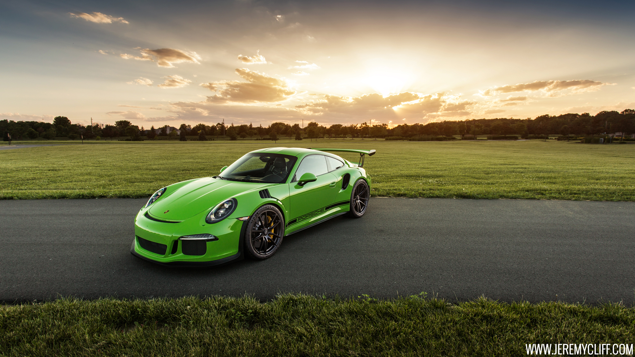 Porsche Hd Wallpapers 1080p: 2048x1152 Porsche 911 GT3 RS 2048x1152 Resolution HD 4k