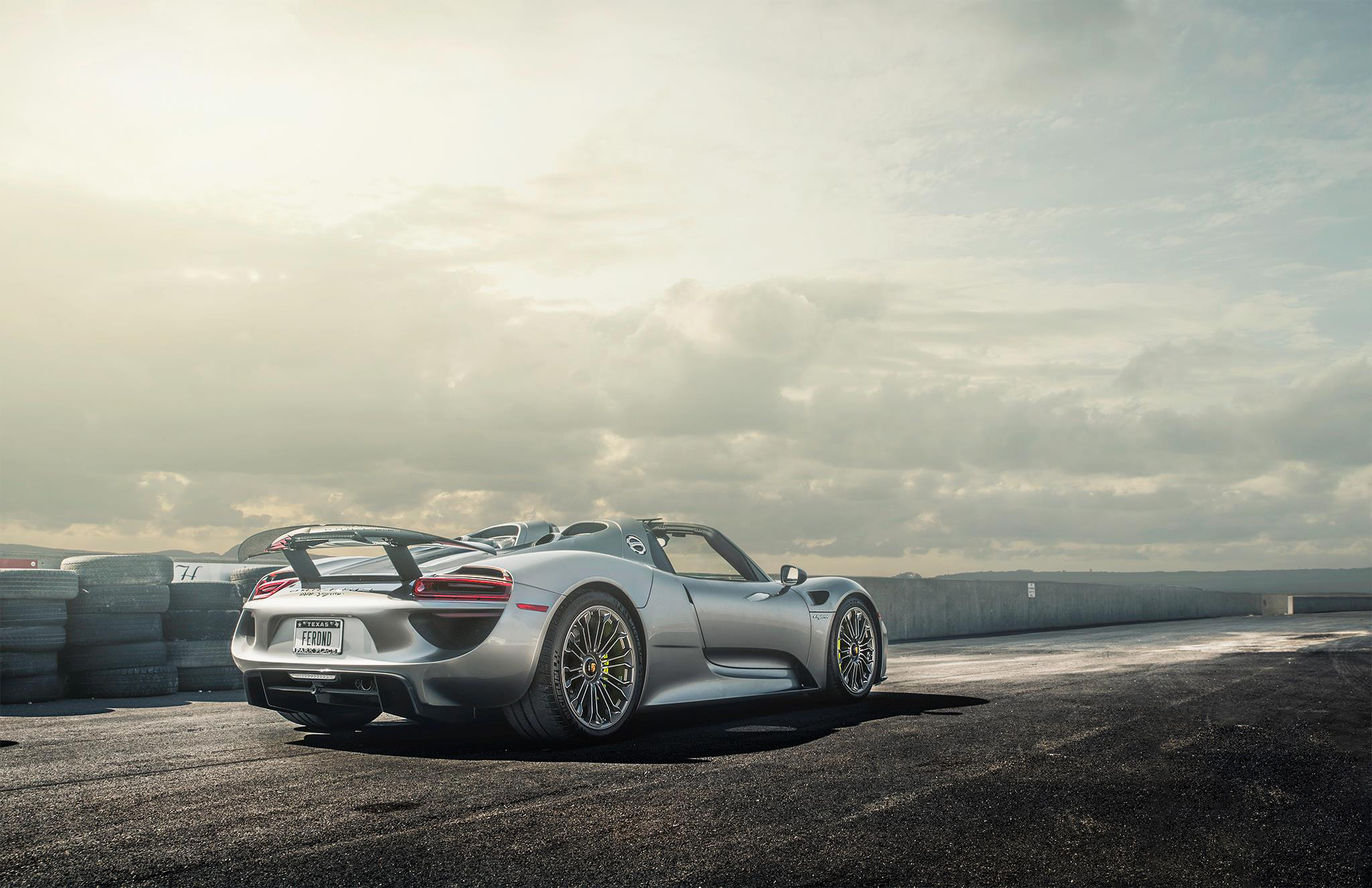 porsche 918 spyder hd wallpaper 2014 porsche 918 spyder wallpapers hd wallpapers 2015 porsche. Black Bedroom Furniture Sets. Home Design Ideas