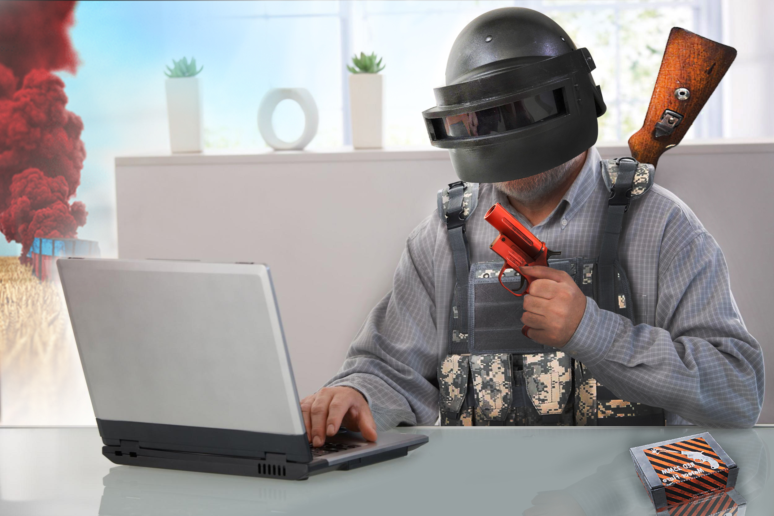 1920x1080 PUBG Helmet Guy Working Laptop Full HD 1080P HD