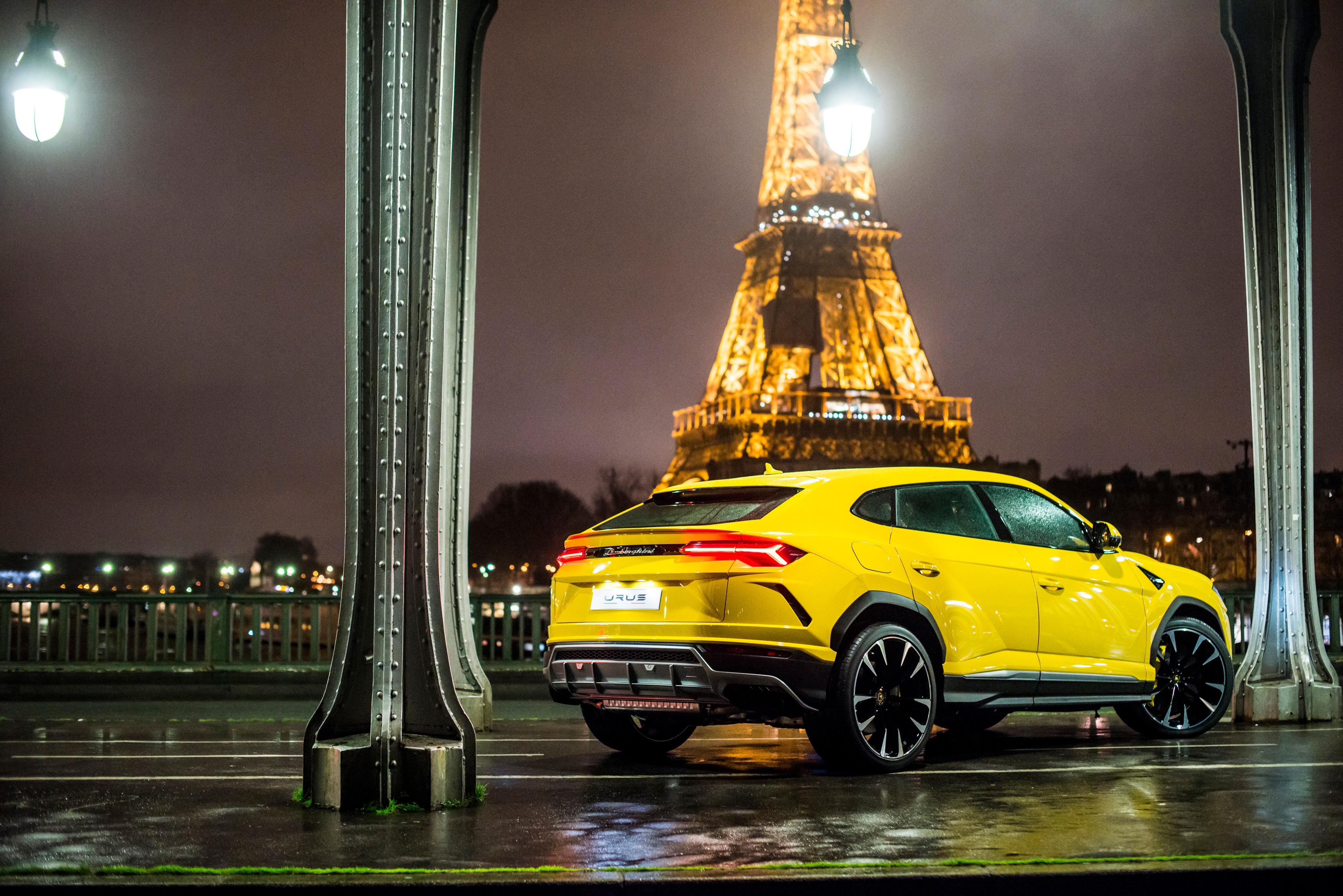 Rear Side Of Lamborghini Urus 4k Hd Cars 4k Wallpapers Images