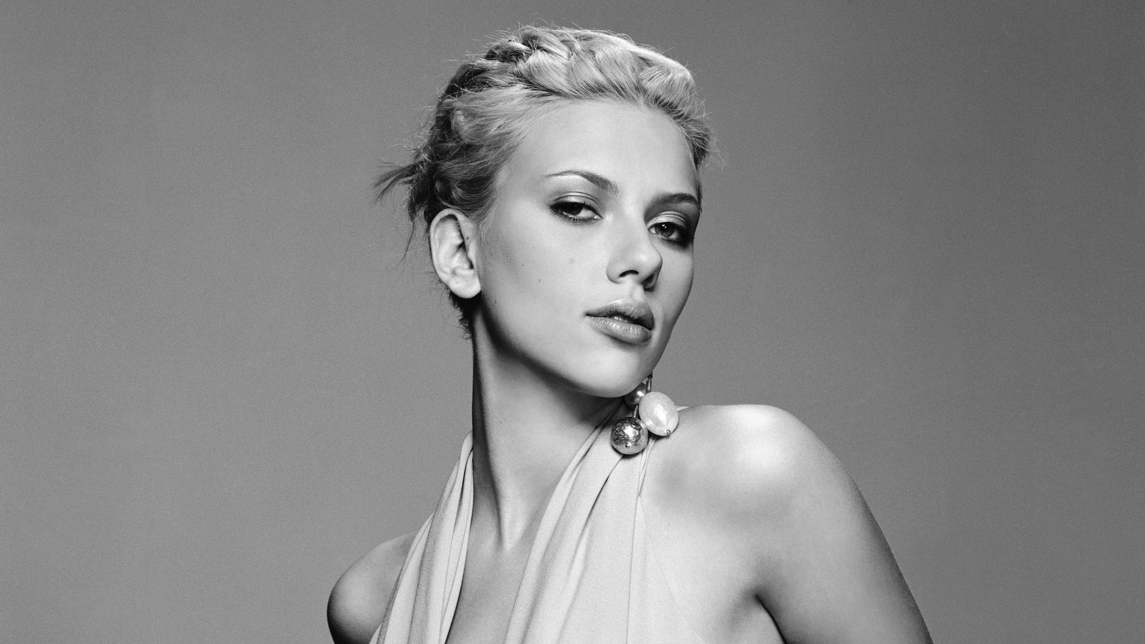 scarlett johansson black and white, hd celebrities, 4k wallpapers