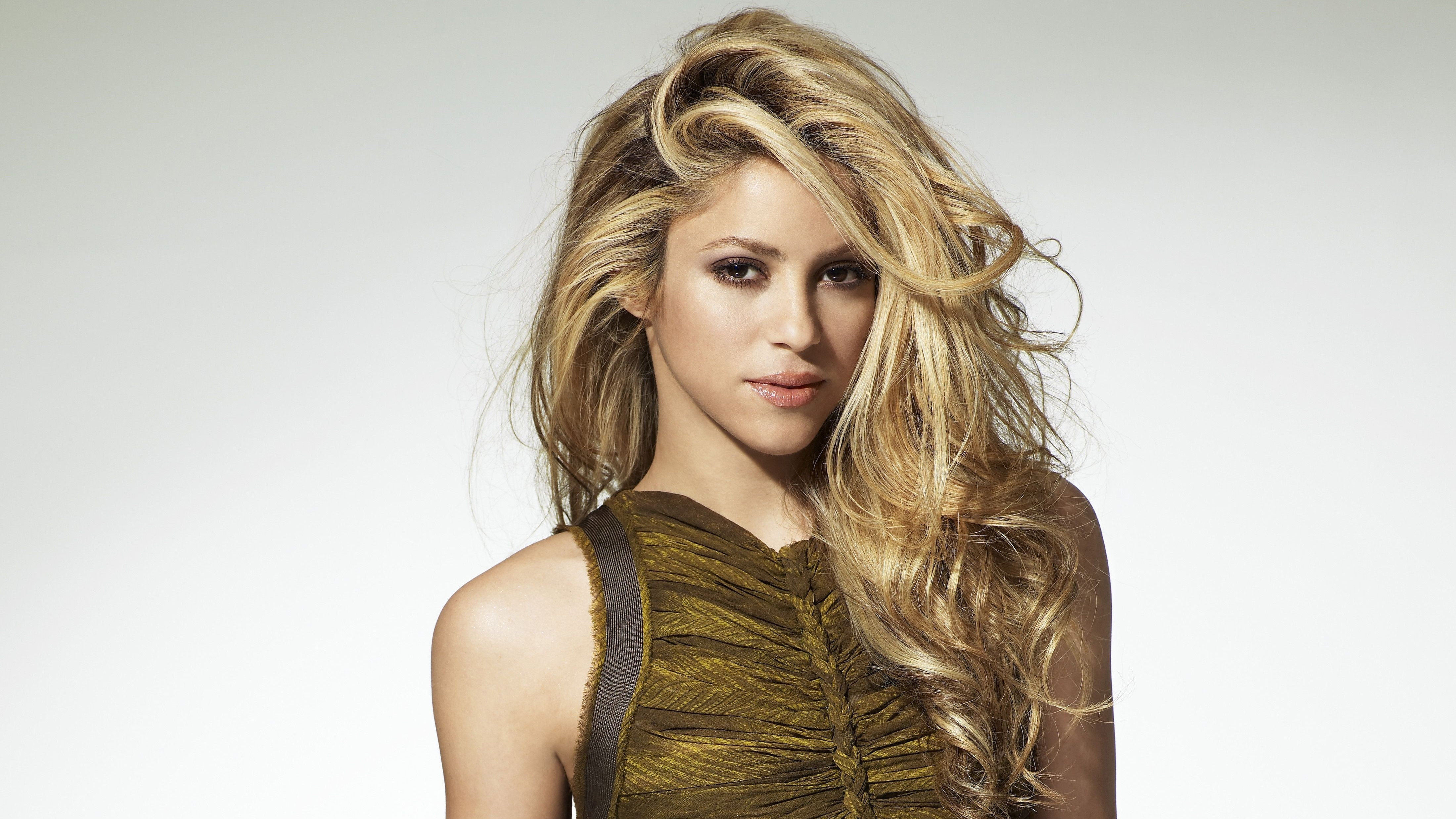 Shakira In 2017 4k Hd Music 4k Wallpapers Images Backgrounds