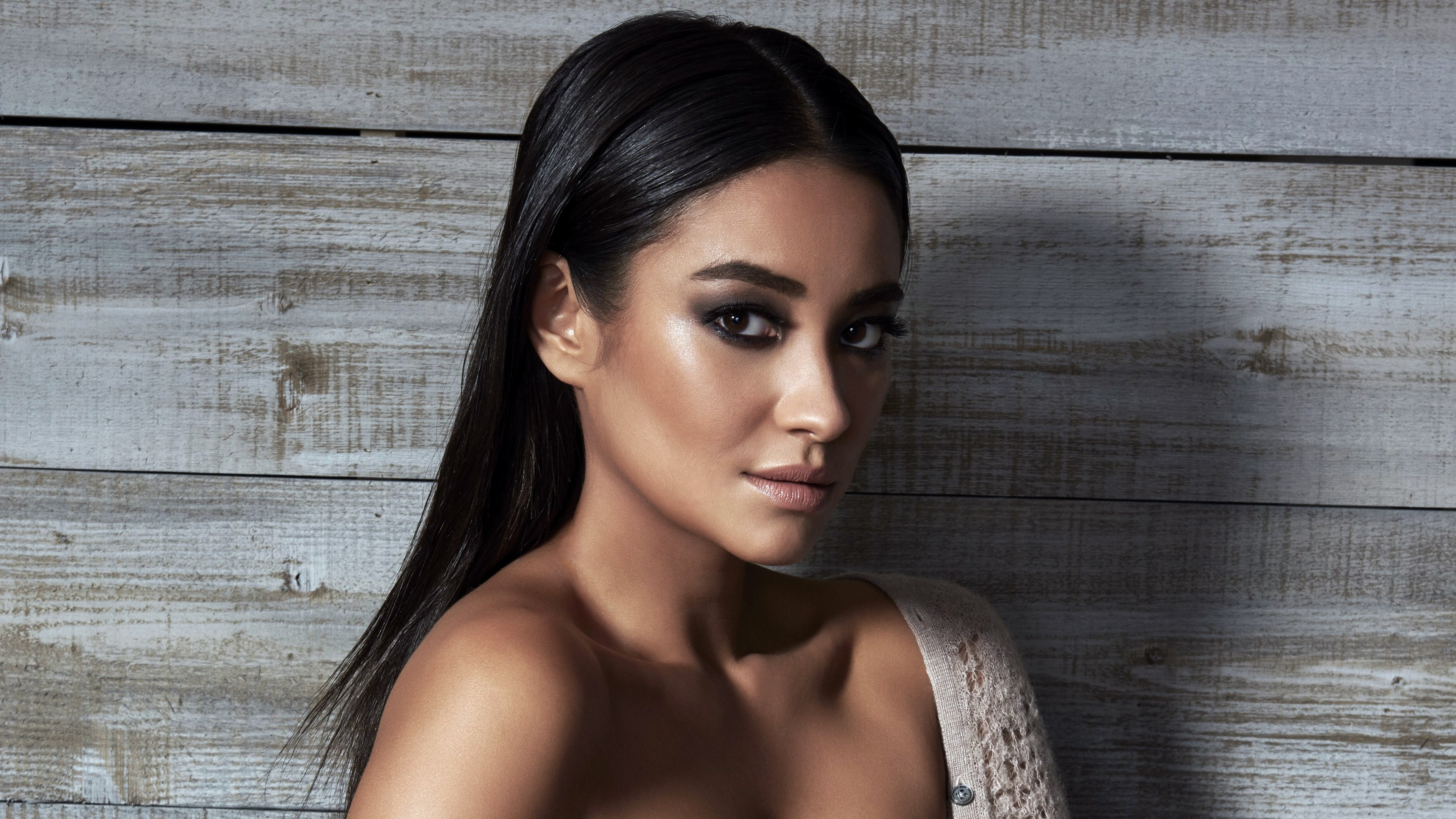 Shay Mitchell Sexy, Hd Celebrities, 4K Wallpapers, Images -5795