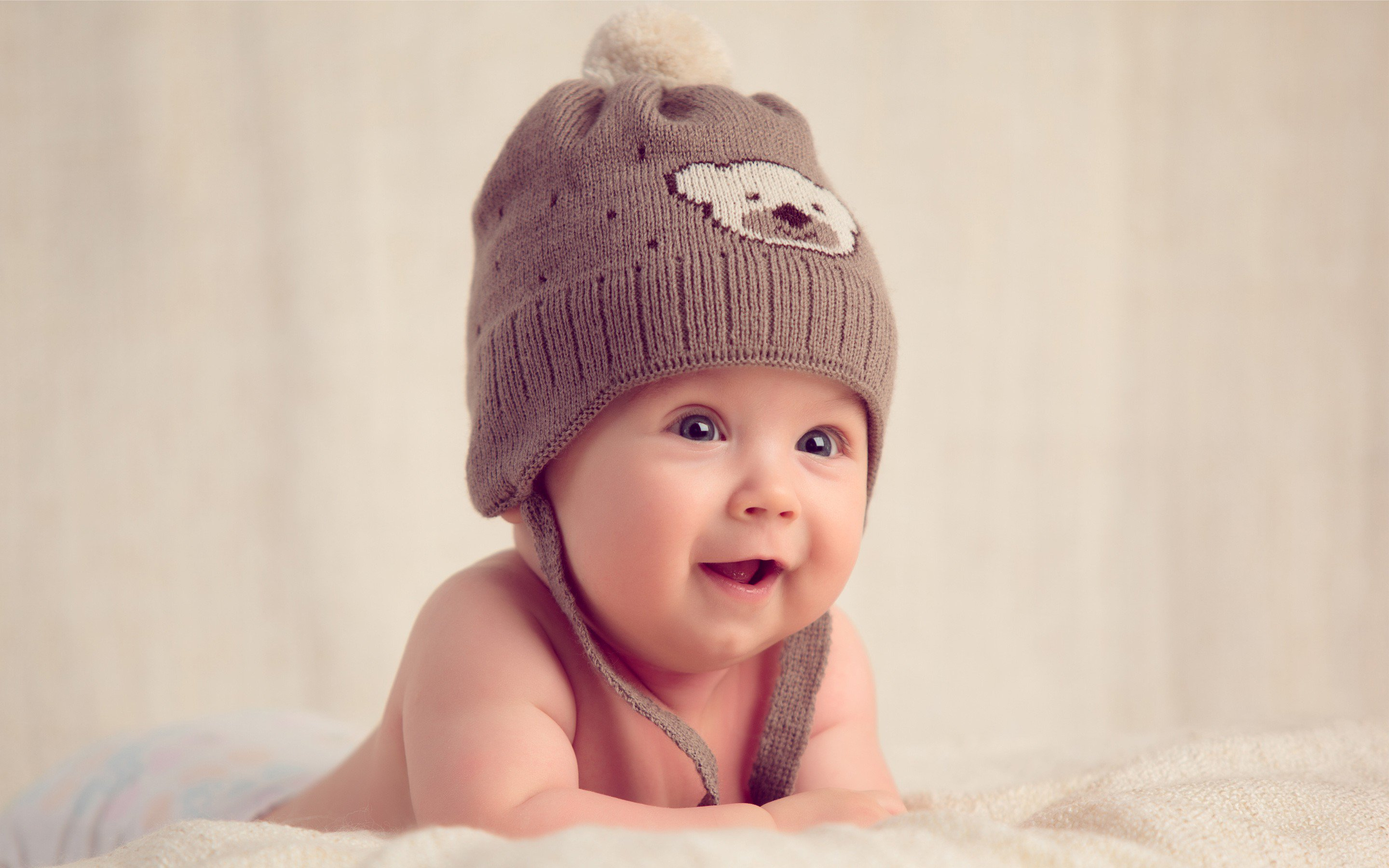 smiling baby hd cute 4k wallpapers images backgrounds photos