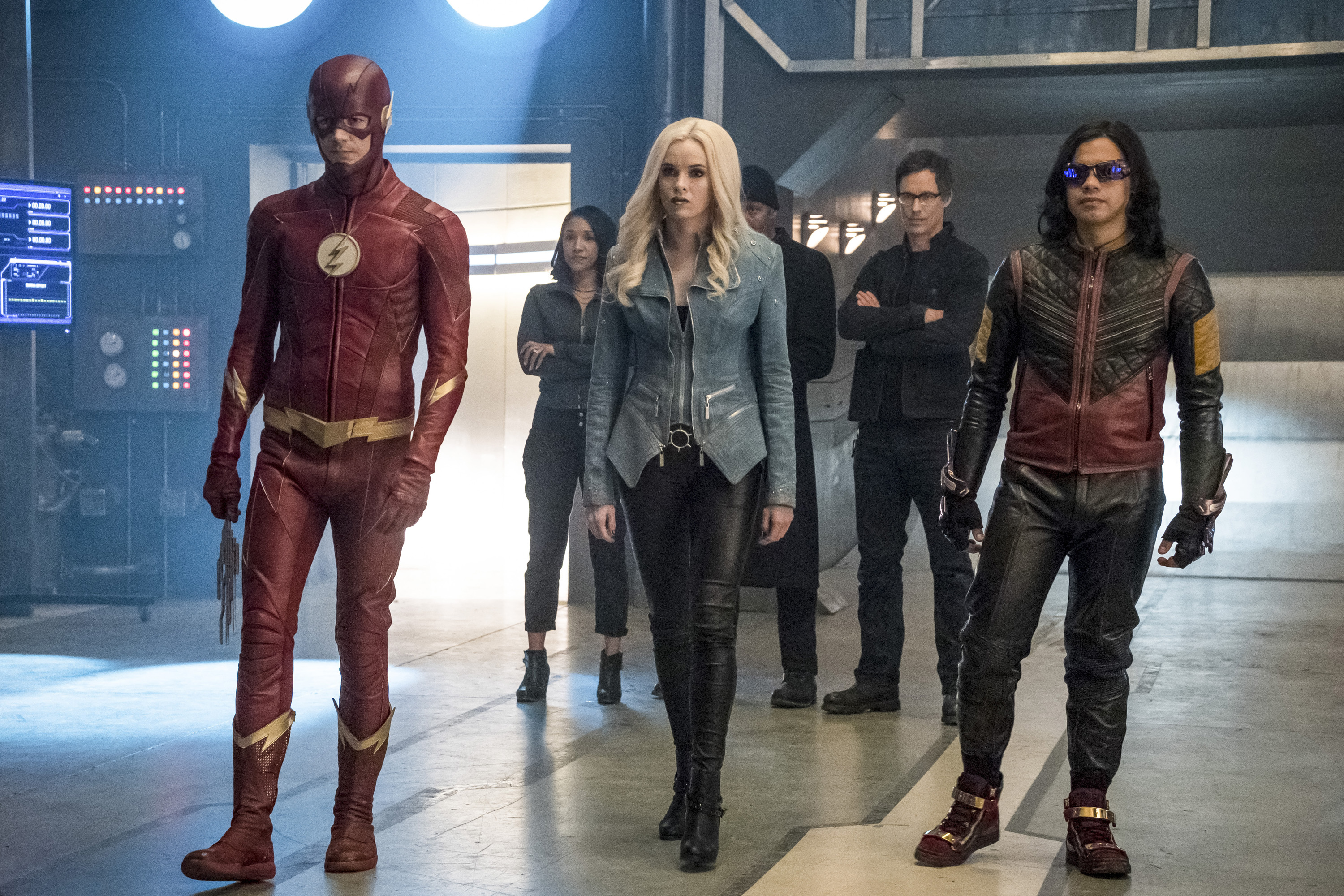 3840x2160 the flash season 4 preparing for attack 4k hd 4k wallpapers images backgrounds - Cisco wallpaper 4k ...