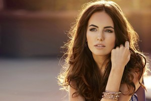 2016 Camilla Belle Wallpaper