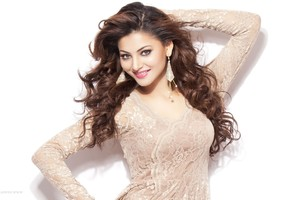2016 Urvashi Rautela Wallpaper
