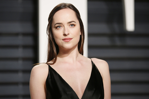 2017 Dakota Johnson