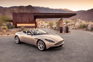 2018 Aston Martin Db11 Volante Wallpaper