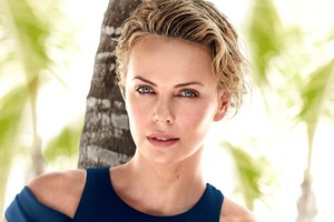 2018 Charlize Theron Wallpaper