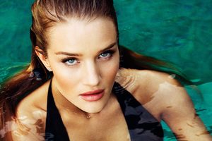 2018 Rosie Huntington Whiteley Wallpaper