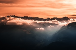 4k Fog Mountains Orange Sky