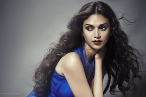 Aditi Rao Hydari 4 Wallpaper