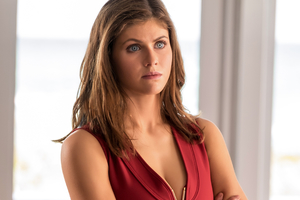 Alexandra Daddario In Baywatch Wallpaper