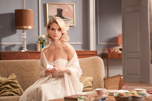 Alice Eve HD Wallpaper