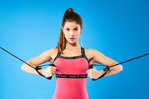 Amanda Cerny 5k Guess Wallpaper