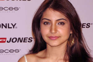 Anushka Sharma Latest Wallpaper