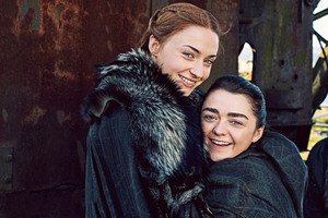Arya Stark And Sansa Stark Game Of Thrones Season 7