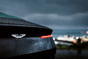 Aston Martin Db11 Rain 4k Wallpaper
