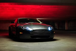 Aston Martin Vantage Lights