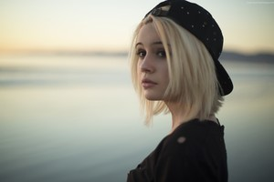 Bea Miller Wallpaper