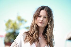 Behati Prinsloo Victoria Secret Angel Model Wallpaper