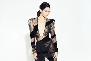 Bella Hadid In Black Dress 2018 4k Wallpaper