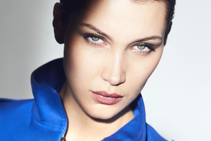 Bella Hadid Model Wallpaper