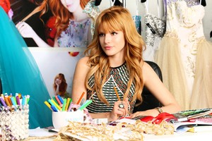 Bella Thorne Cute