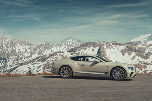 Bentley Continental GT White Sand 2018 Wallpaper