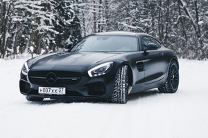 Black Mercedes Amg Gt In Snow 4k Wallpaper