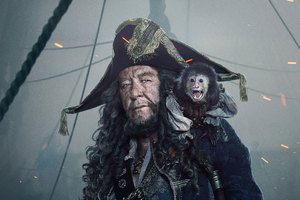 Captain Hector Barbossa In Pirates Of The Caribbean Dead Men Tell No Tales Movie Wallpaper